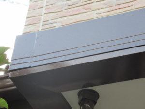 <p>幕板の腐食していた箇所は、新品交換して塗装しました。