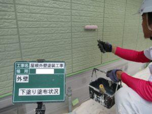 <p>外壁の下塗りです。