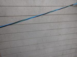 <p>散水調査工事後外塀塗装に入りました。 経年劣化による汚れや色あせが見られます。